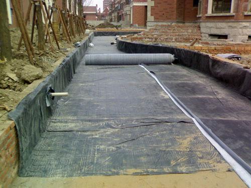 纳基  膨润土  防水毯基面